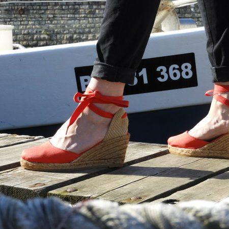 l'espadrille obi a lacet rouge, la référence de notre boutique sandales concha